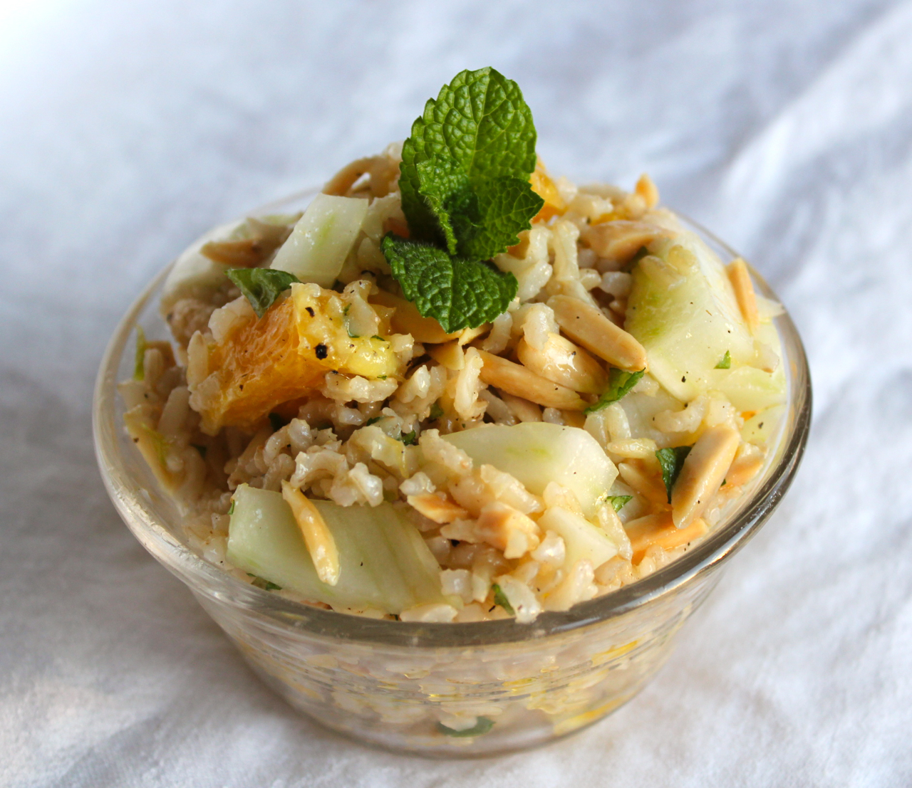 Juicy navel oranges team up with crunchy fennel, slivered almonds, and ...