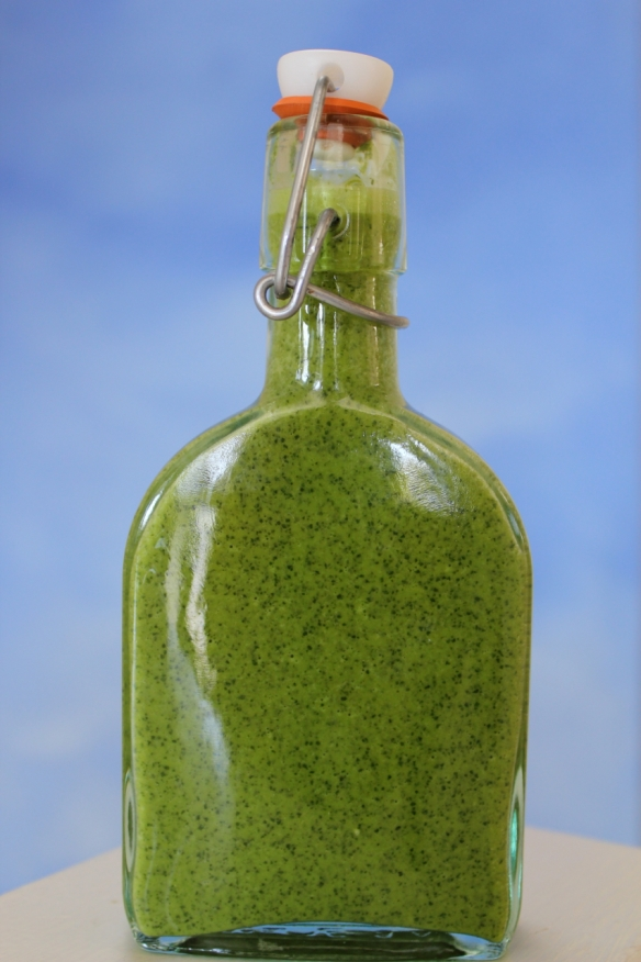 Cilantro Garlic Lime Sauce bottle
