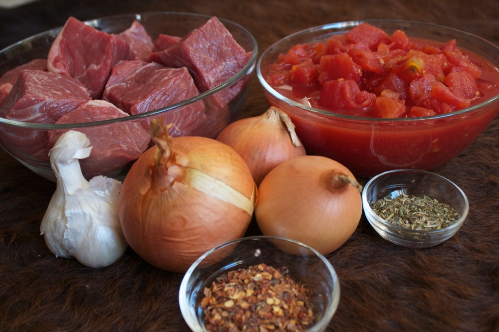 beef, tomatoes, onion, garlic and spices