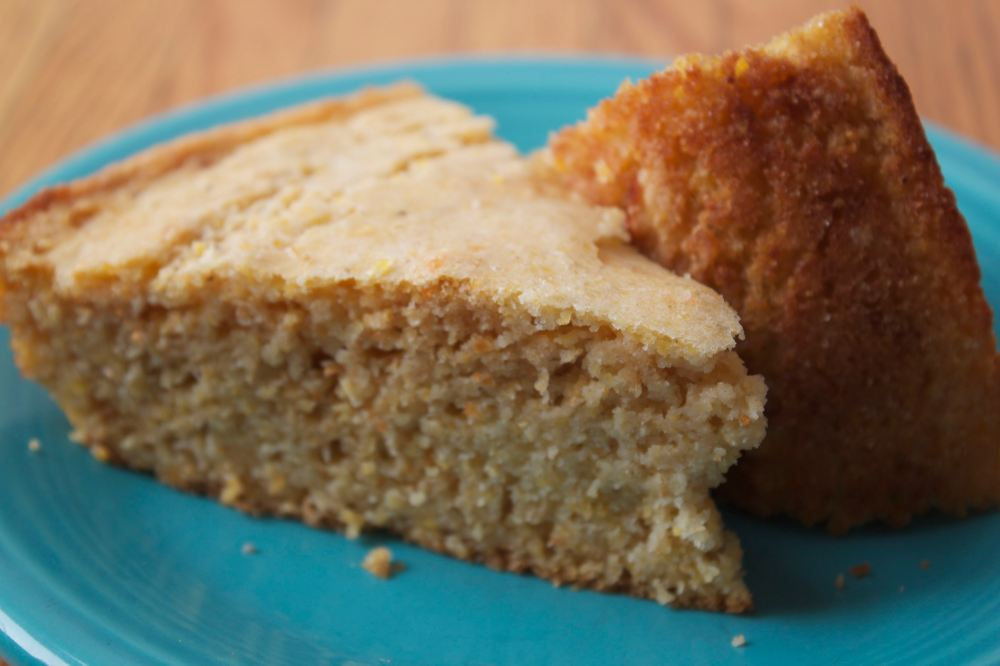 Wholegrain Cornbread Slices
