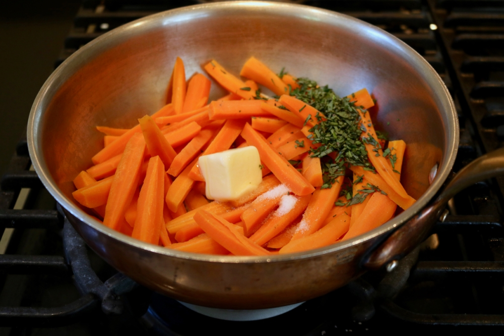 Carrots and tarragon, cooking